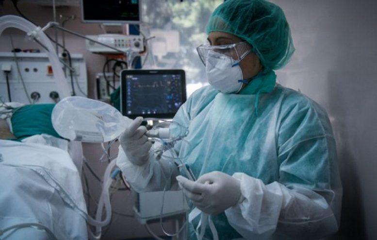 Κορωνοϊός: Ανησυχία για την αύξηση των διασωληνωμένων ασθενών