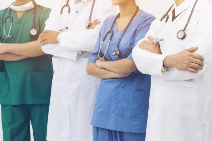 Υπουργείο Υγείας: Πρόσληψη 300 γιατρών σε ΜΕΘ