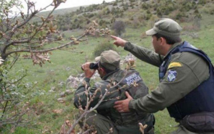 Τις προκηρύξεις δύο διαγωνισμών για την πρόσληψη συνολικά 746 συνοριοφυλάκων έδωσε στη δημοσιότητα το υπουργείο Προστασίας του Πολίτη.