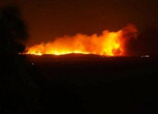 Κεφαλλονιά: Δύσκολο βράδυ με την μεγάλη πυρκαγιά στη περιοχή Αννινάτα