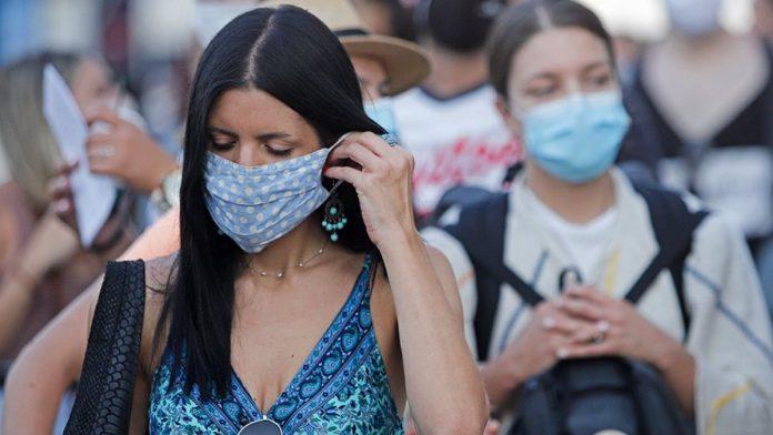 Κορωνοϊός: Ανησυχία για Αττική και Θεσσαλονίκη