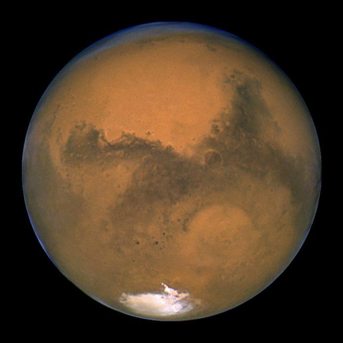 Πλανήτης Άρης: Ενδείξεις για πρόσφατη έκρηξη ηφαιστείου, αλλά και για αρχαία μεγα-πλημμύρα