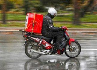 Περιζήτητοι οι διανομείς φαγητού (delivery) λόγω καραντίνας