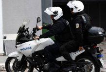 Νέα Σμύρνη: Επίθεση σε αστυνομικούς