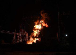 Υπό έλεγχο έχει τεθεί η πυρκαγιά στον υποσταθμό της ΔΕΗ στον Ασπρόπυργο